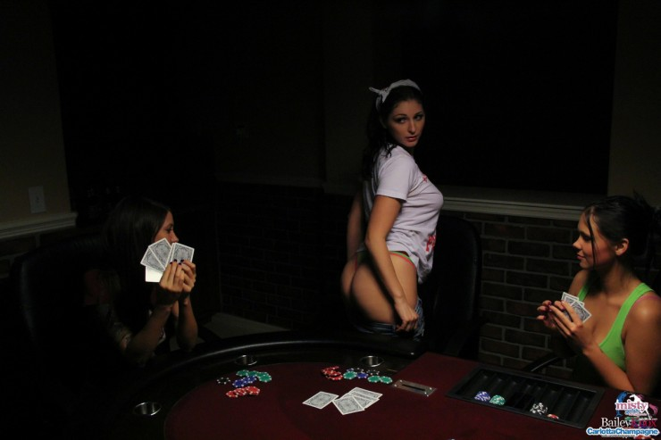 Bailey-Knox-Poker-2