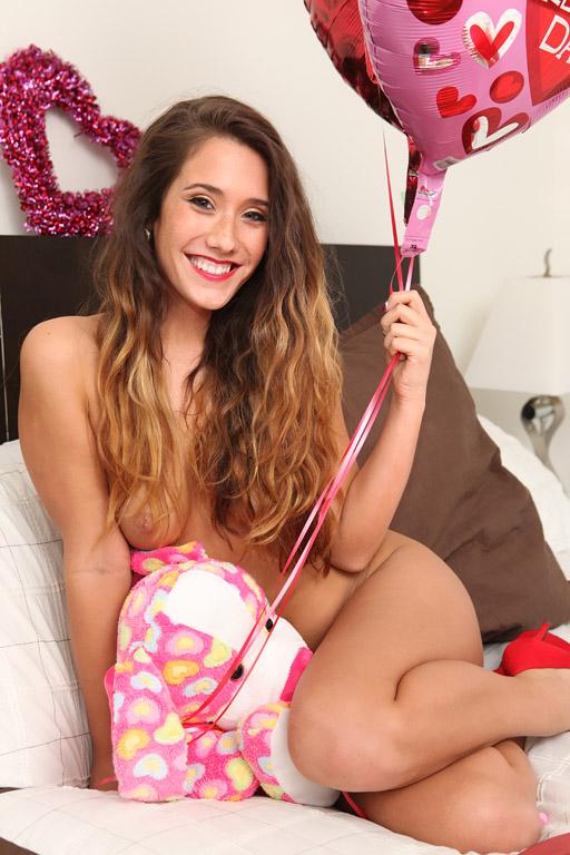 Eva-Lovia-Candy-3