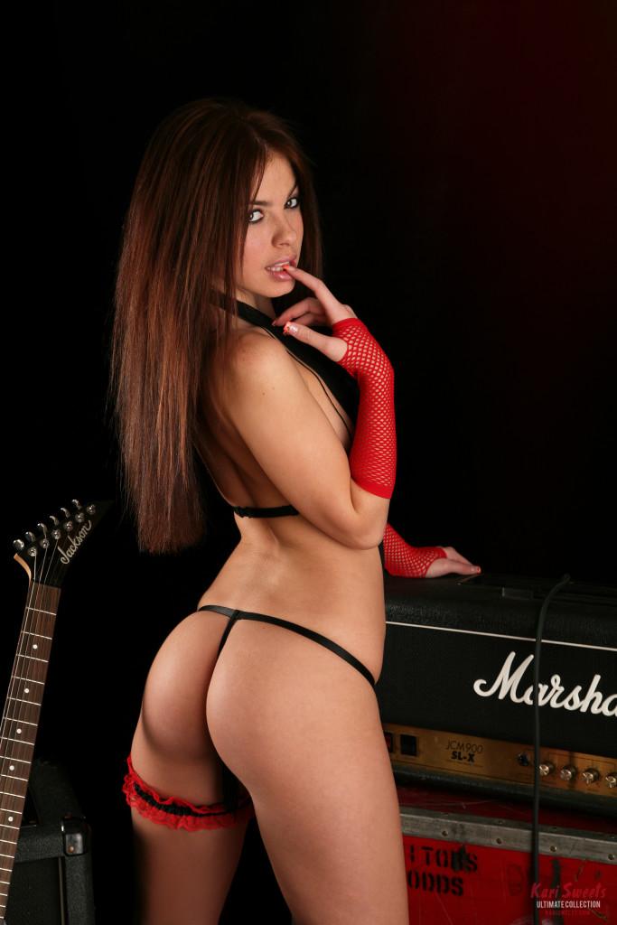 Kari-Sweets-Red-Rocker-2