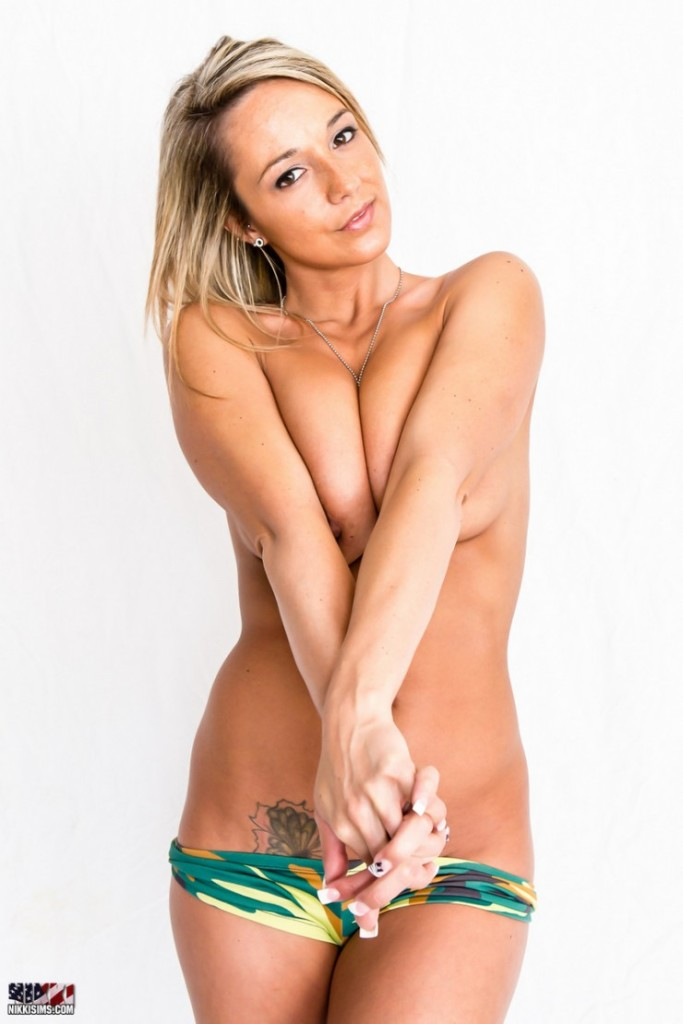 Nikki-Sims-July4th-12
